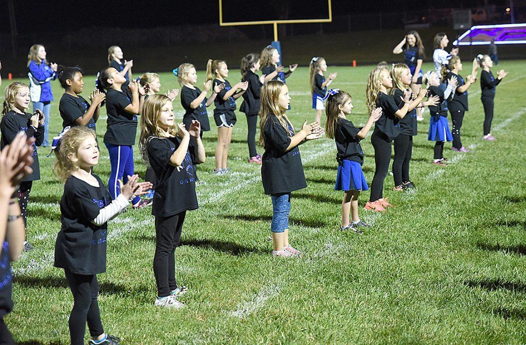 elementary cheerleaders